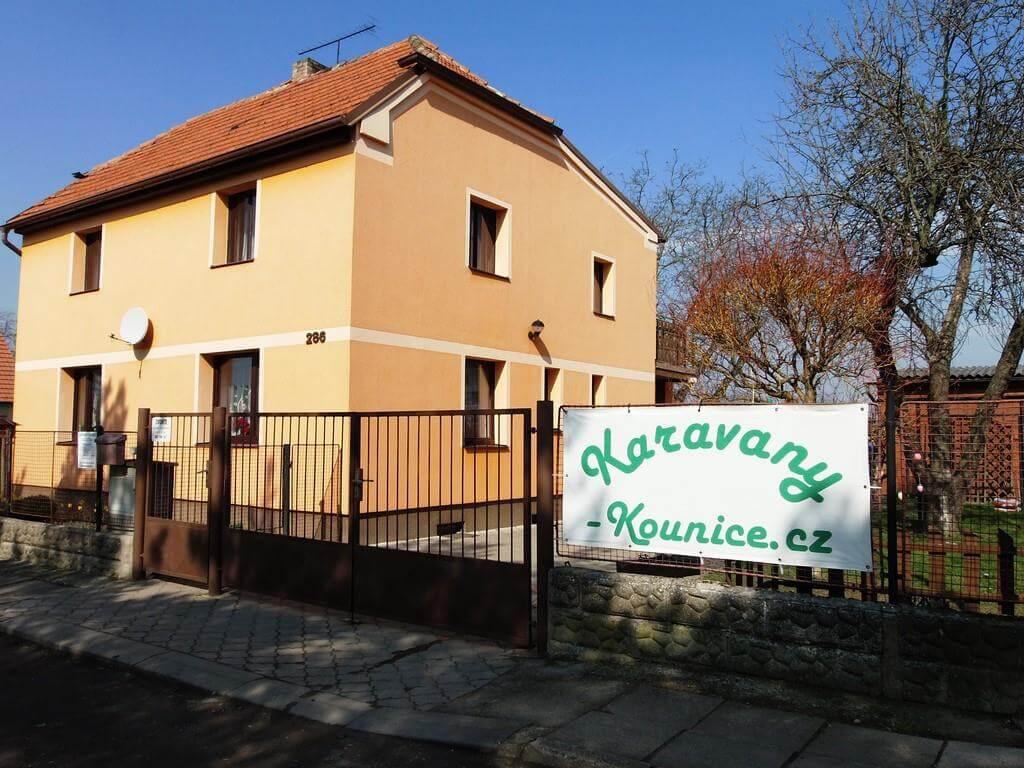 Karavany Kounice - pobočka